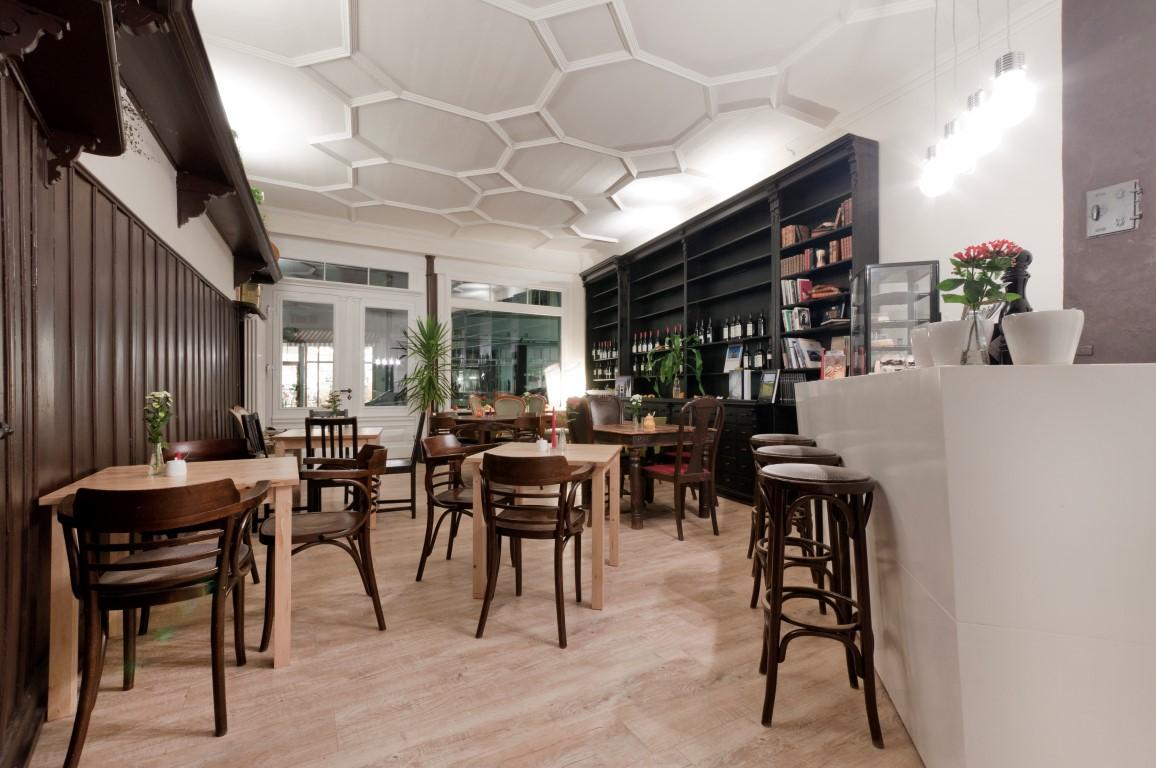 Cafe Restaurant Maus